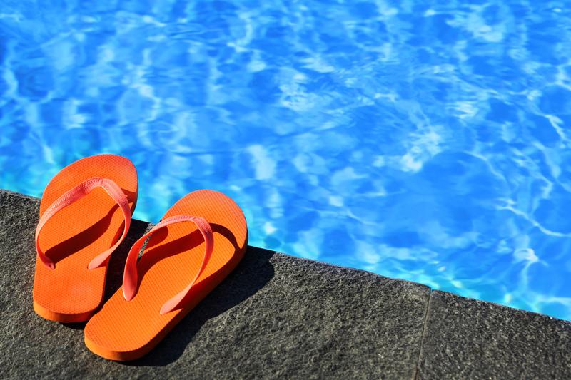 As férias de verão significam dias de muito calor, praia, piscina e muita diversão, mas sem descuidar do corpo e da saúde.